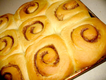 Homemade cinnamon rolls recipes